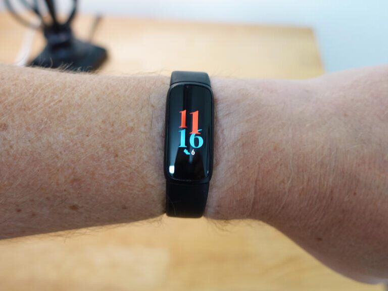 Fitbit Luxe review: A nearly perfect fitness band Review